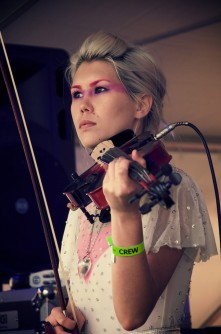YOUKA - Violin + DJ (Hip-hop/House/Pop)/Vocals/Key-tar (Melbourne)